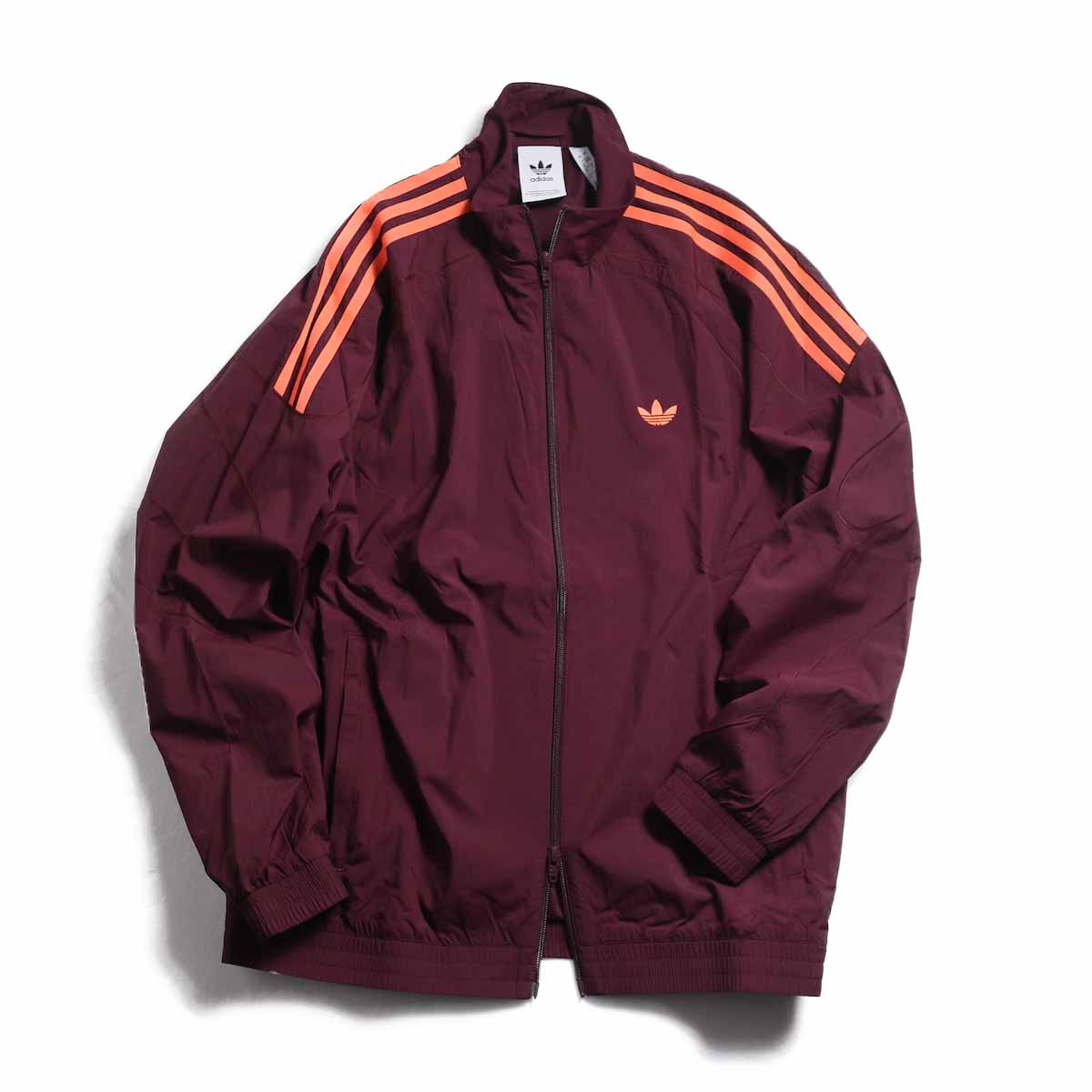 adidas originals / Flamestrike Woven Track Top -Maroon 正面