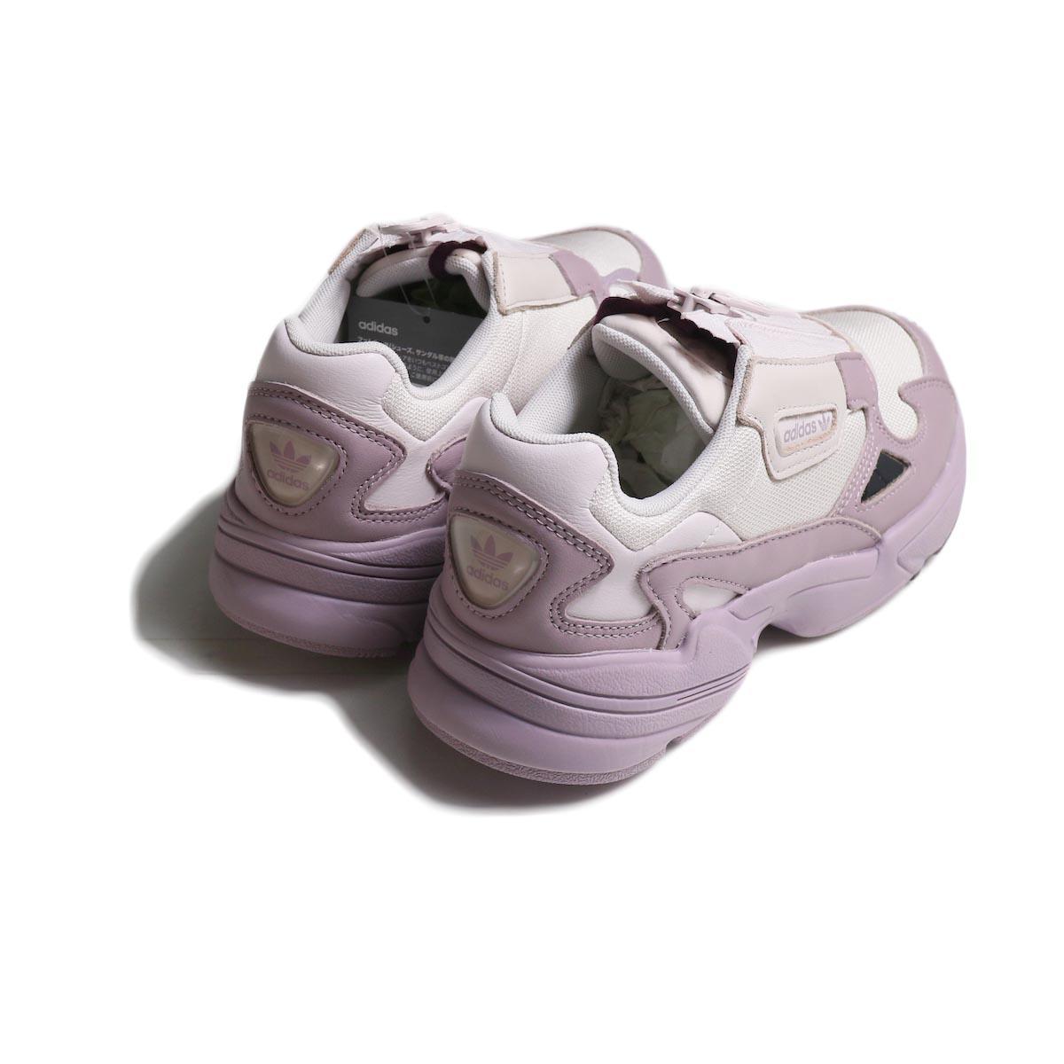 adidas originals / ADIDASFALCON ZIP W 背面