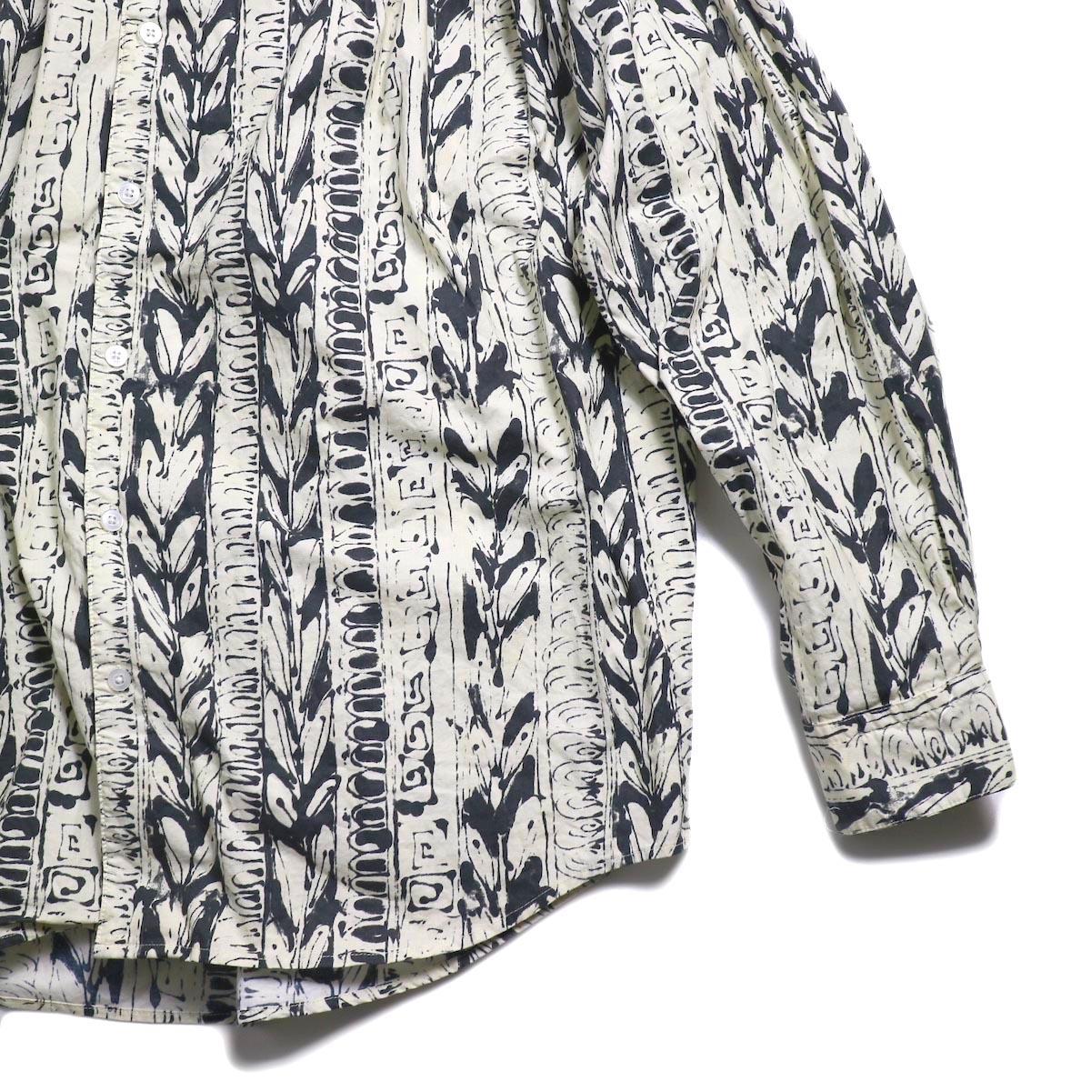 AiE / Painter Shirt -Art Stripe Motif (Natural/Black)  裾