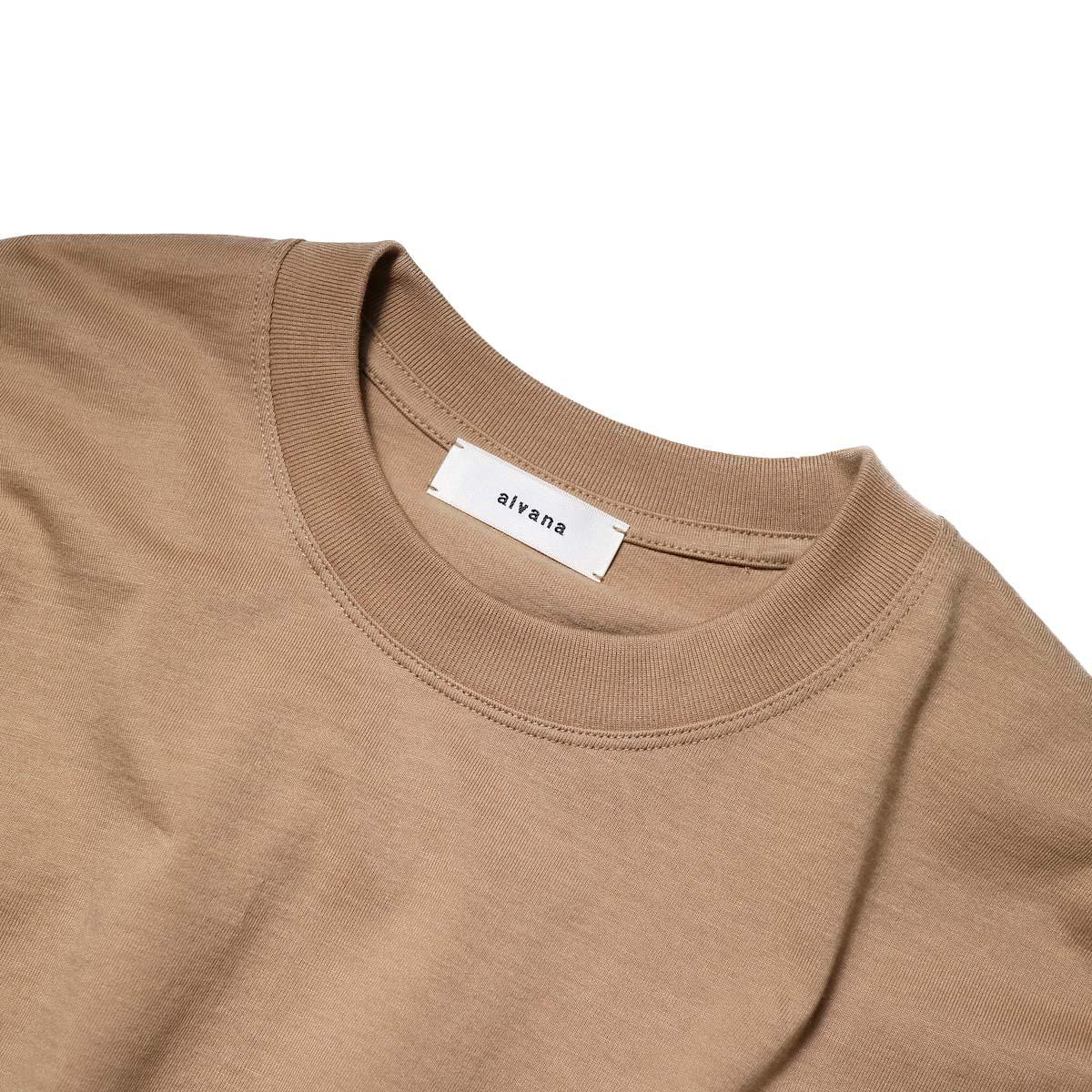 alvana / TANGUIS L/S TEE SHIRTS (Light Brown)クルーネック