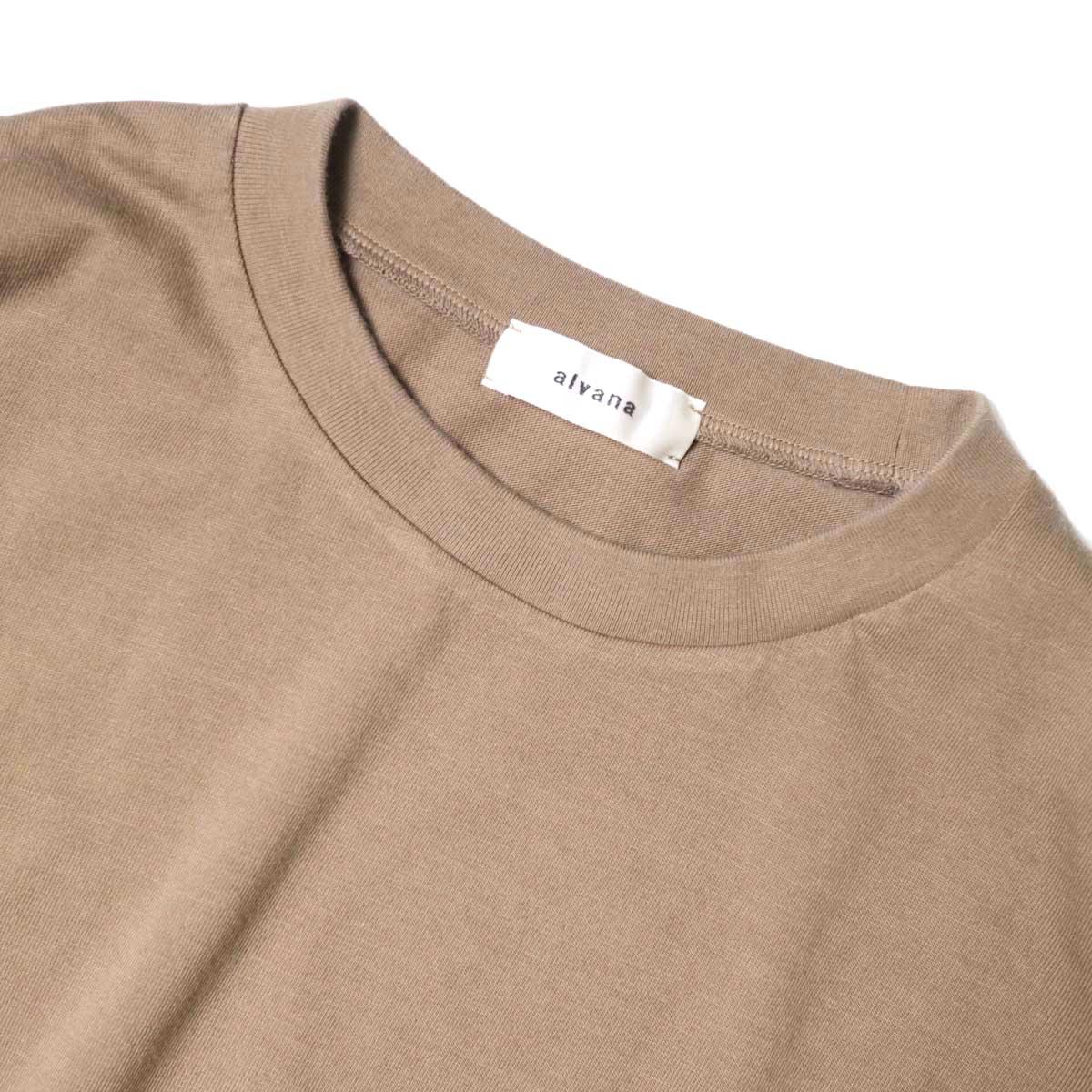 alvana / Dairy Oversize Tee Shirts (Sunset Beige) ネック