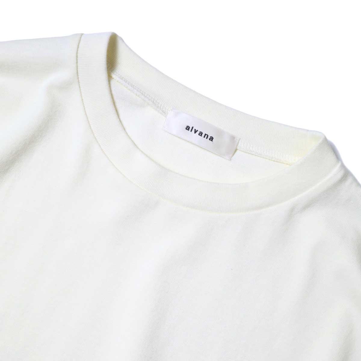 alvana / Dairy Oversize Tee Shirts (Ivory) ネック
