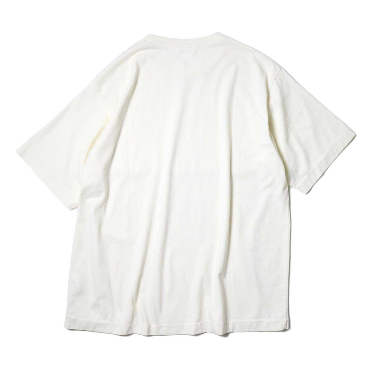 alvana / Dairy Oversize Tee Shirts (Ivory) 背面