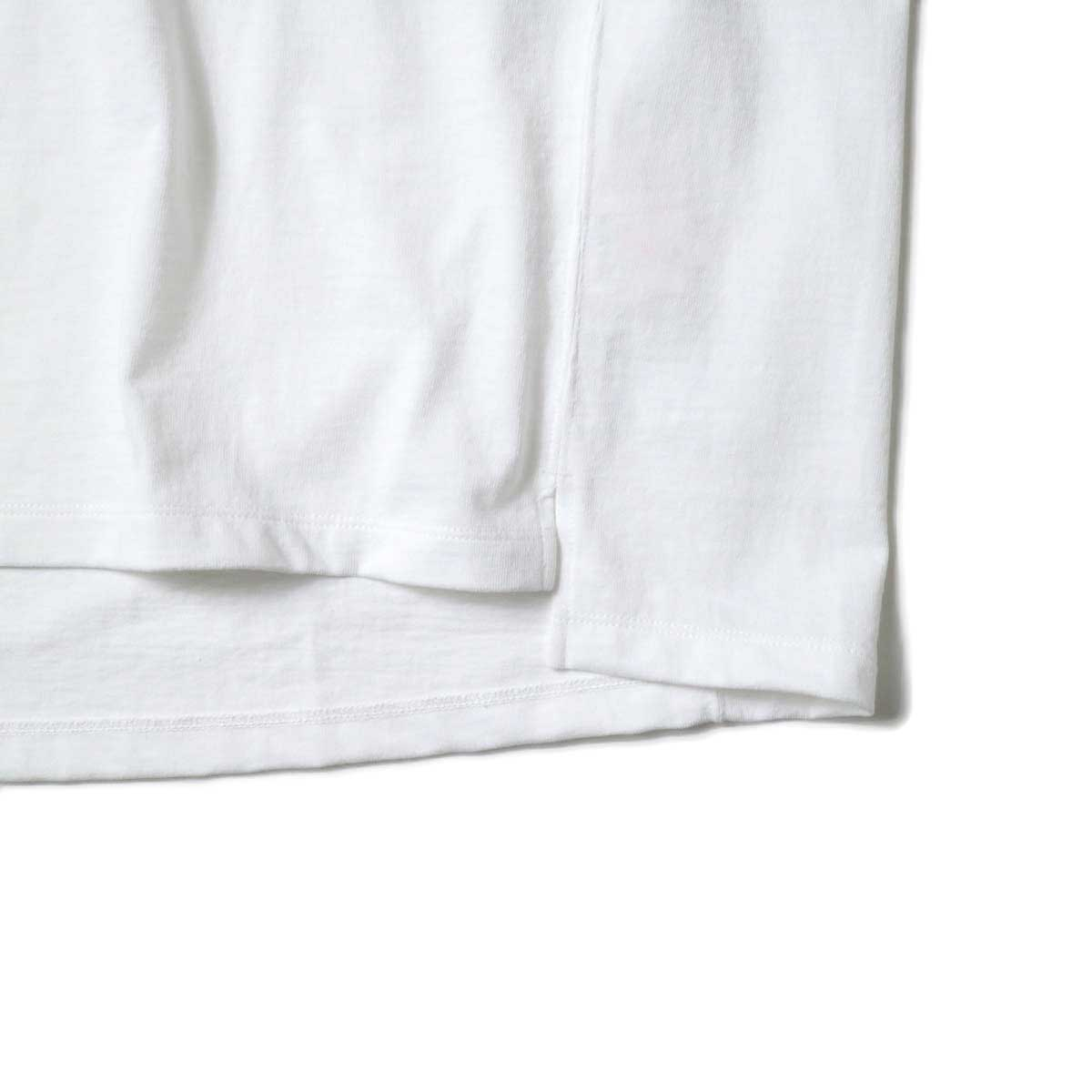 alvana / Protect Football S/S Tee (White)裾