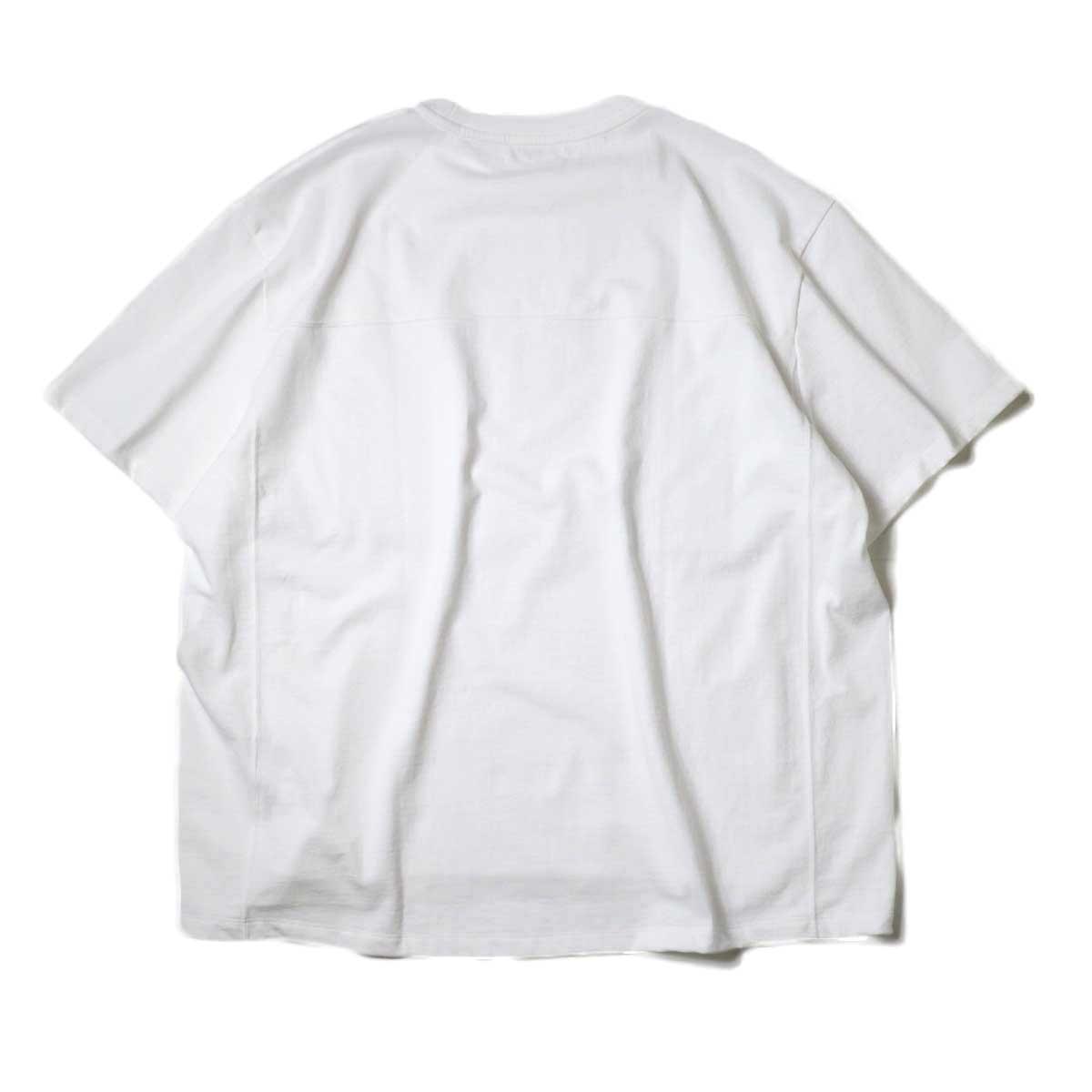 alvana / Protect Football S/S Tee (White)背面
