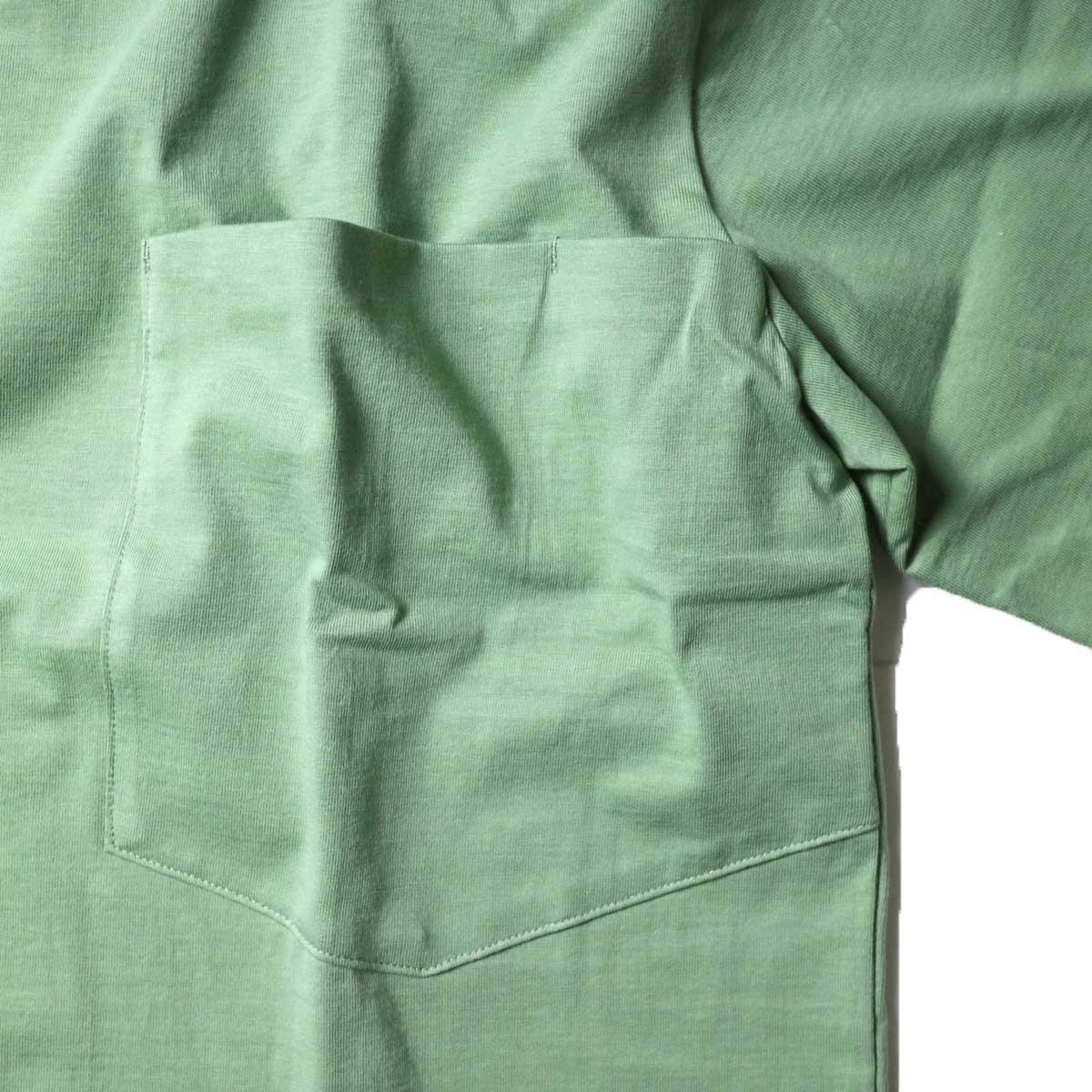 alvana / Tanguis Wide Pocket Tee (Forest Green)胸ポケット