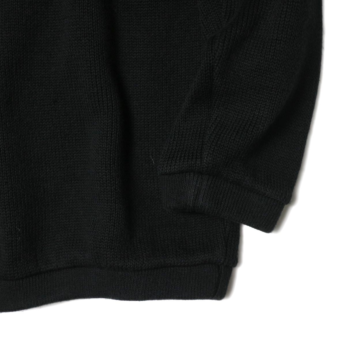 alvana / RIB KNIT CREWNECK P/O (Black) 袖・裾
