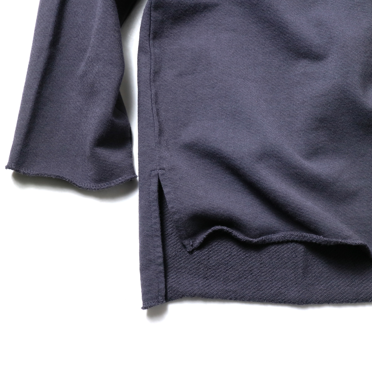 alvana / ULTIMATE CUT OFF L/S PO (InkBlack)袖、裾
