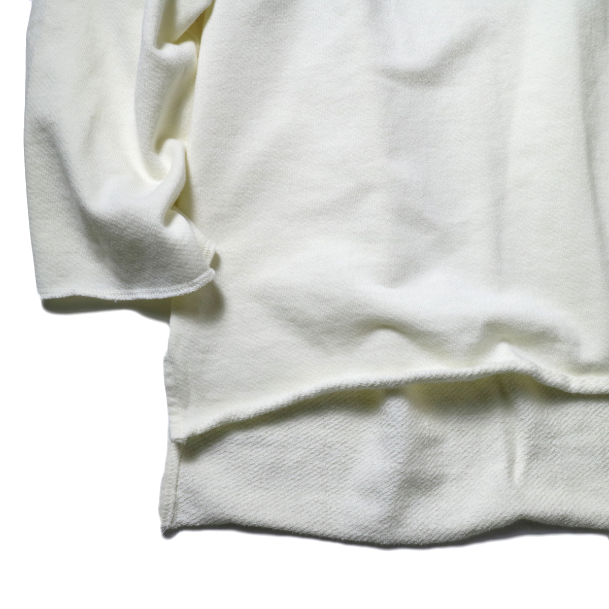 alvana / ULTIMATE CUT OFF L/S PO (IVORY)袖、裾