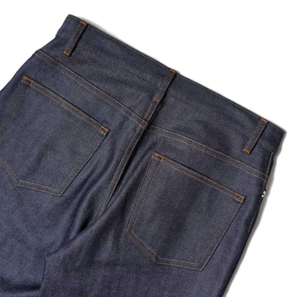 A.P.C. / JEAN SAILOR (size 24~28) 背面アップ