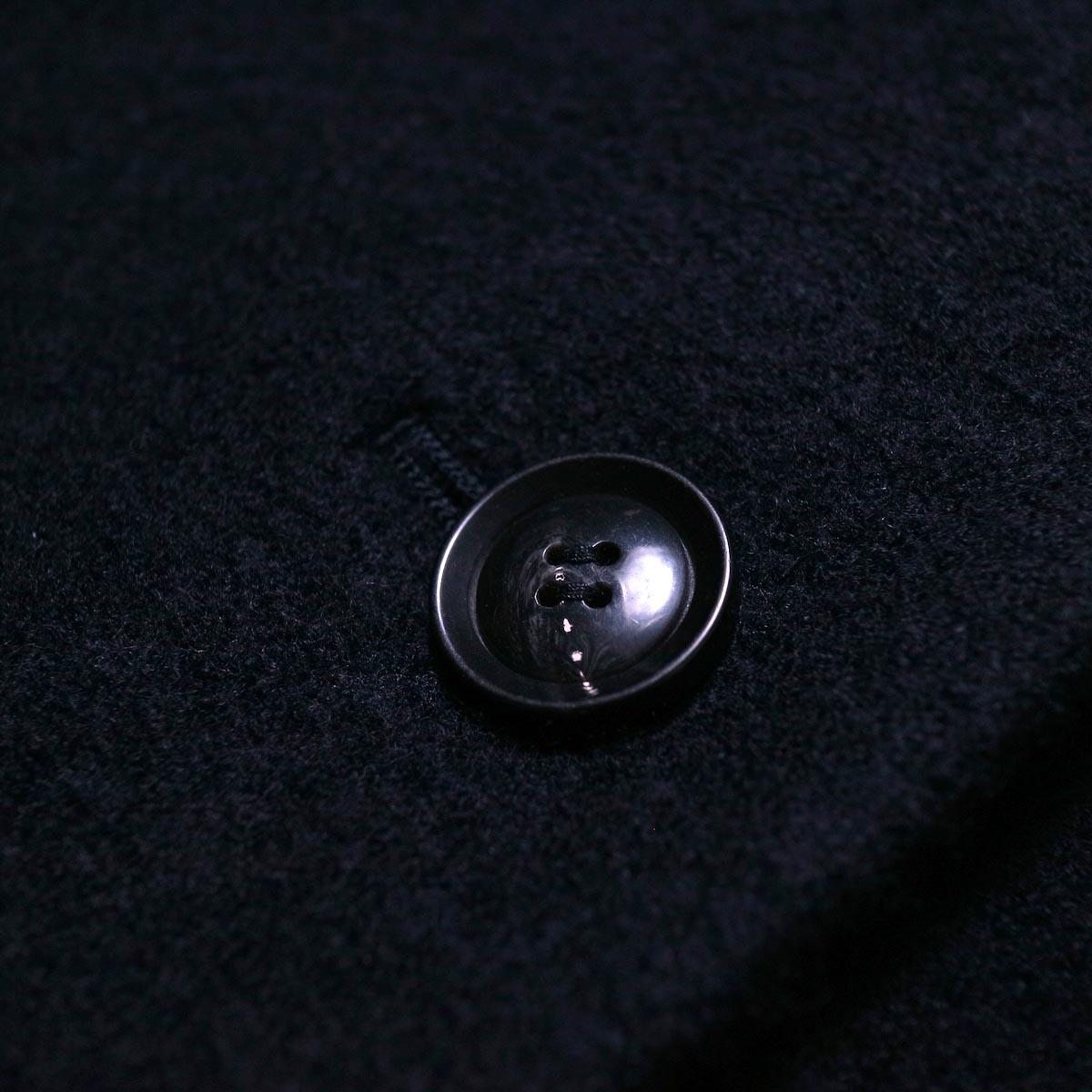 A.P.C. / NINH COAT (navy) ボタン