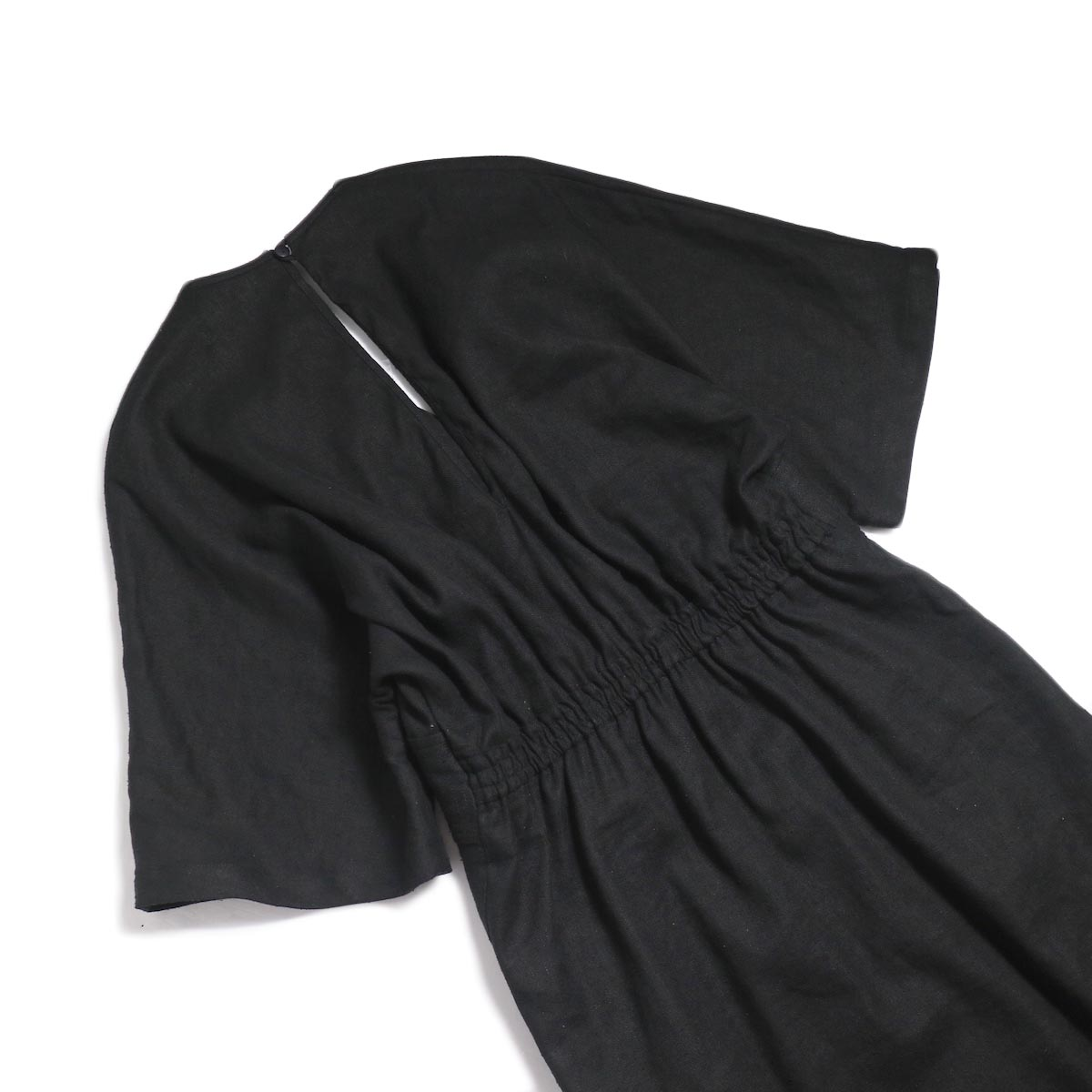 archi / Yucca Long Onepiece -Black 背面ウエスト