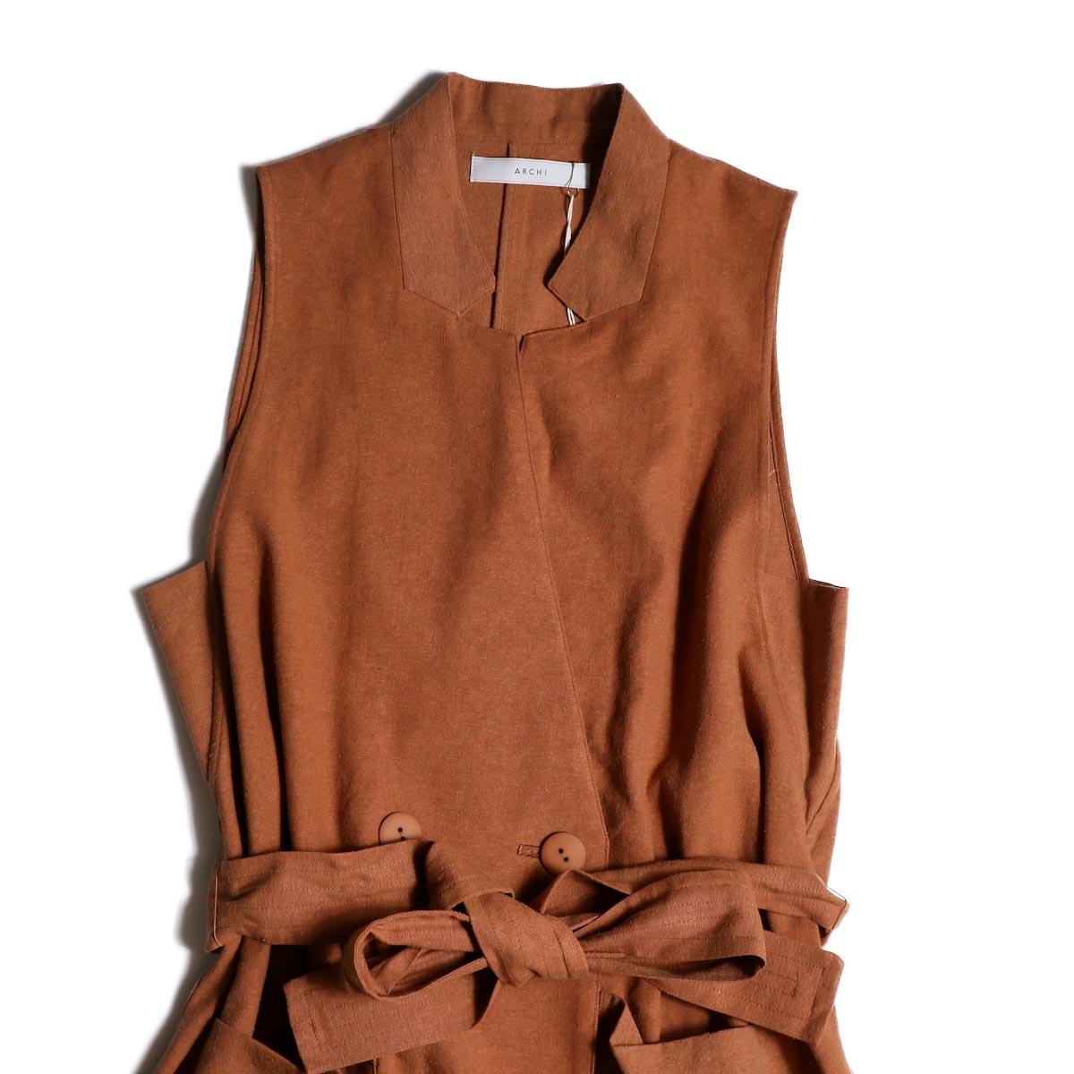 archi / Robinia Jacket (Terracotta)上半身