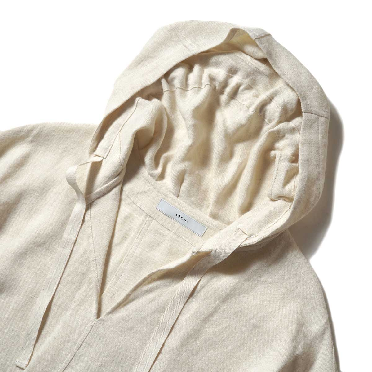 ARCHI / SOFT TWIST TWILL HOODIE OVER SHIRTS (White) フロント