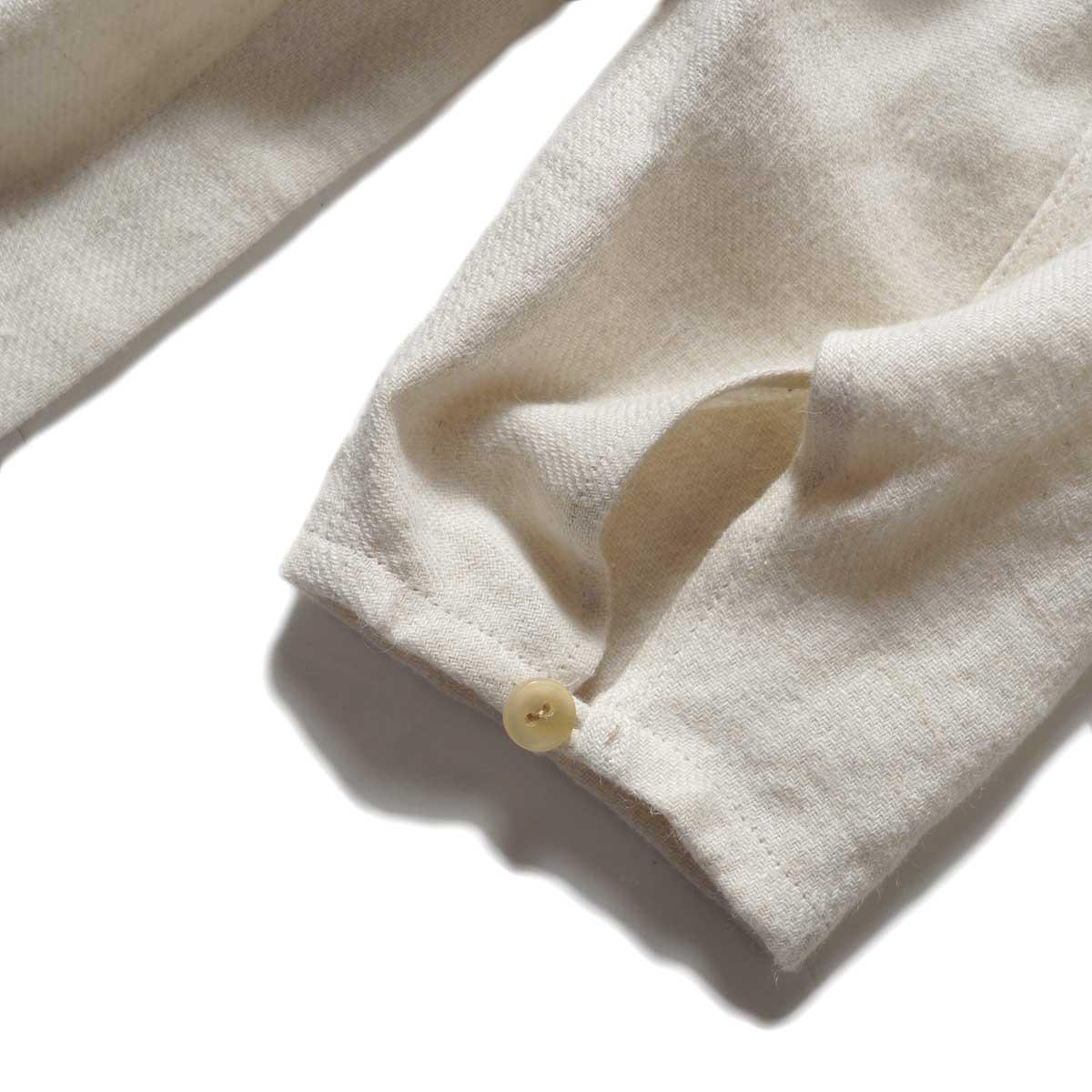ARCHI / SOFT TWIST TWILL HOODIE OVER SHIRTS (White) 袖