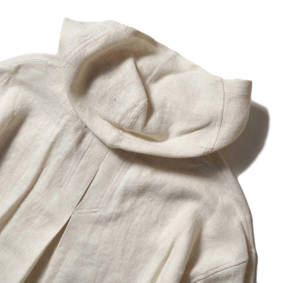 ARCHI / SOFT TWIST TWILL HOODIE OVER SHIRTS (White) 背面・フード