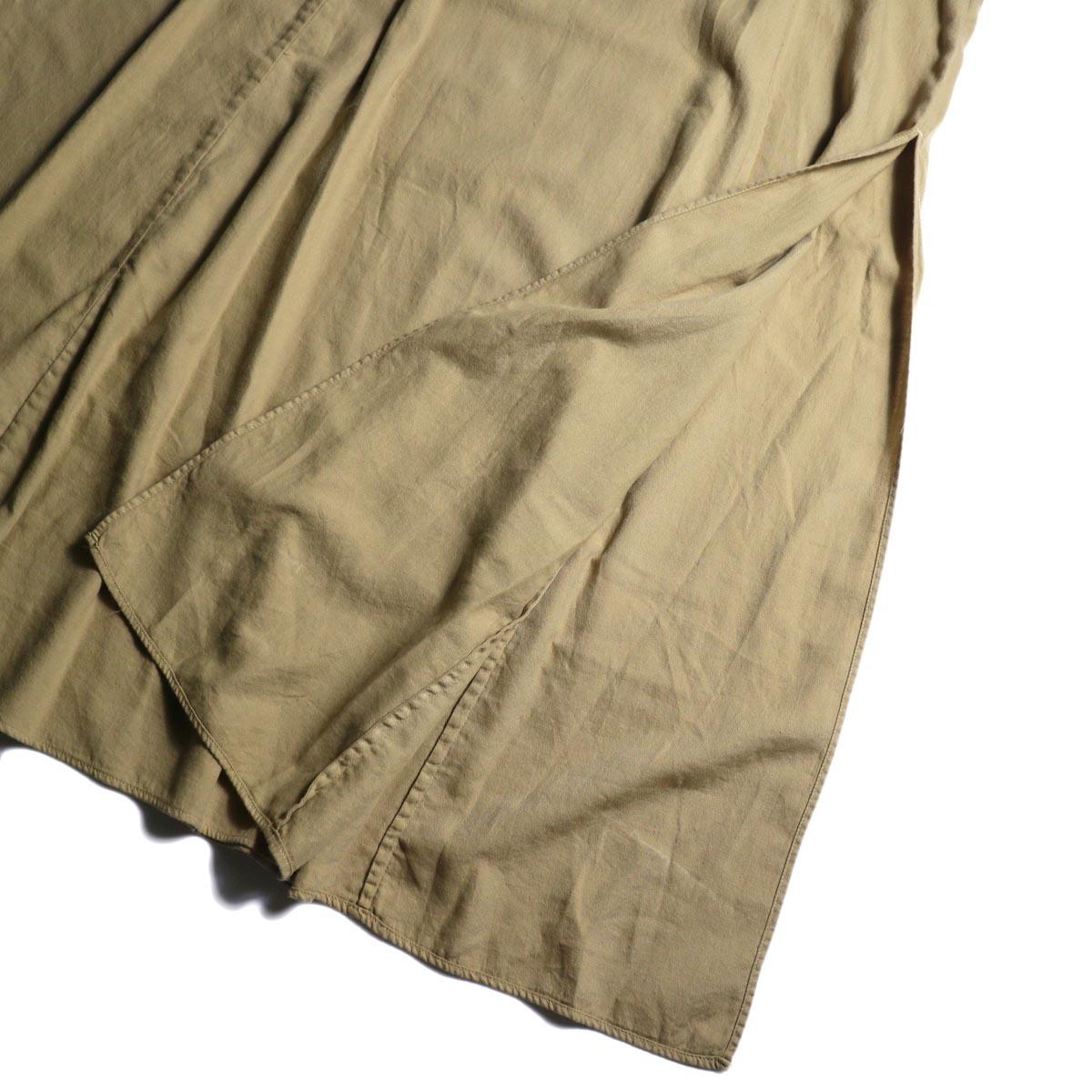 ARCHI / SKIMIA QUILT DRESS (beige) スリット
