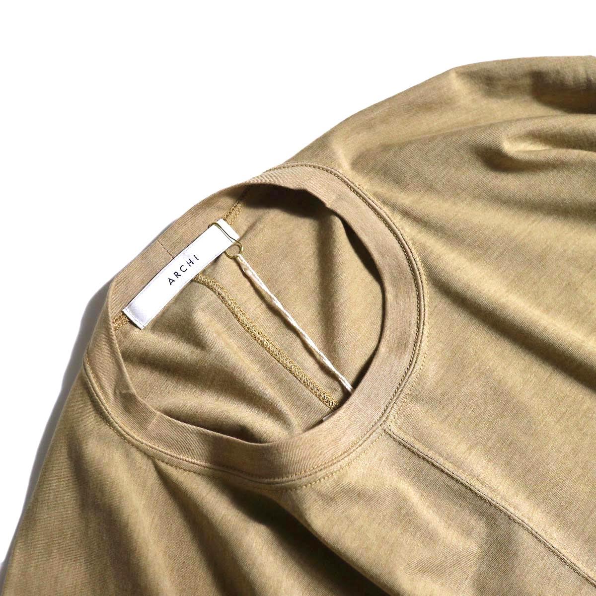 ARCHI / ABELIA ONEPIECE (beige) フロント