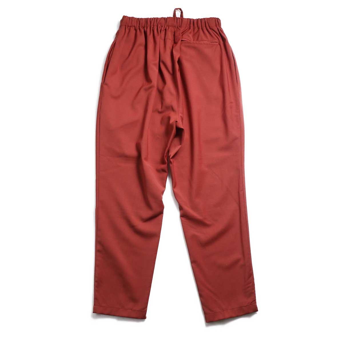 BASISBROEK / BRAVO Cropped Easy Pants (Sienna) 背面