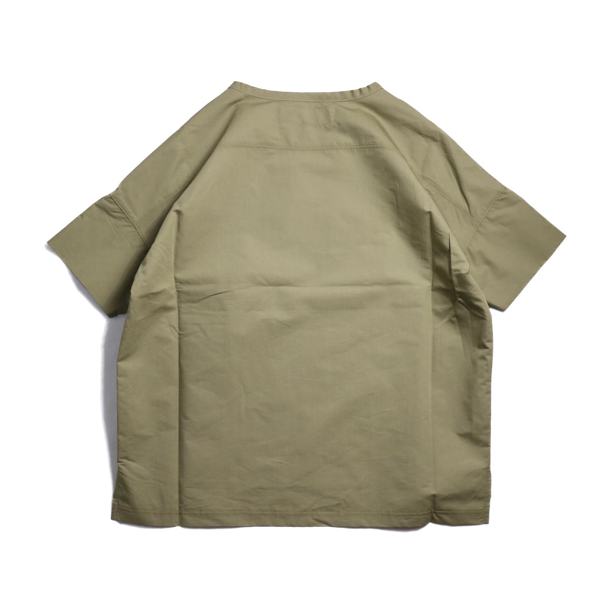 BASISBROEK / REMI -Cotton Silk PO Shirt (CHINO) 背面
