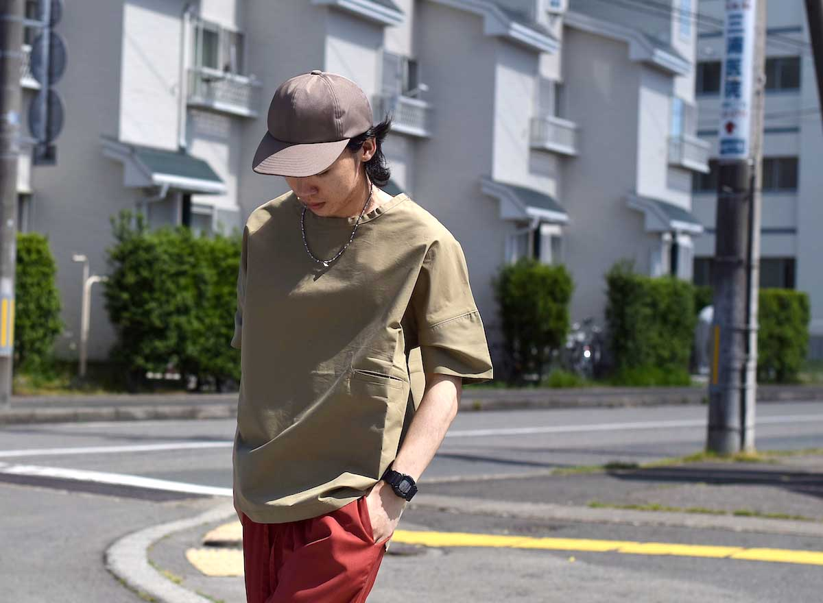 BASISBROEK / REMI -Cotton Silk PO Shirt (CHINO) 着用イメージ③(165cmサイズ3着用)