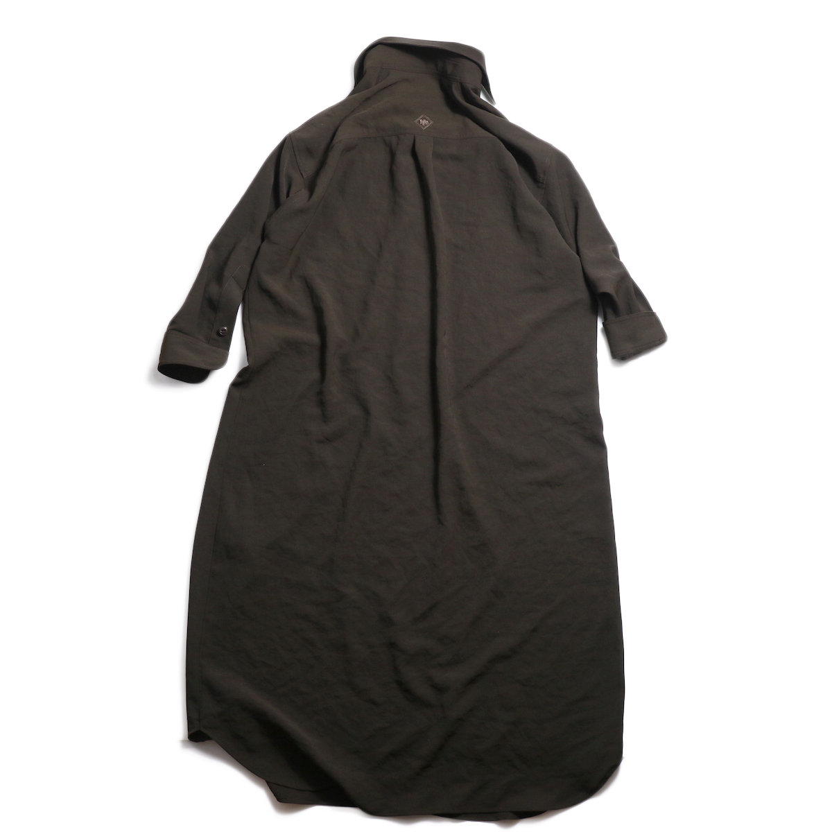 BLUEBIRD BOULEVARD / ワッシャーツイルシャツドレス -Brown 背面