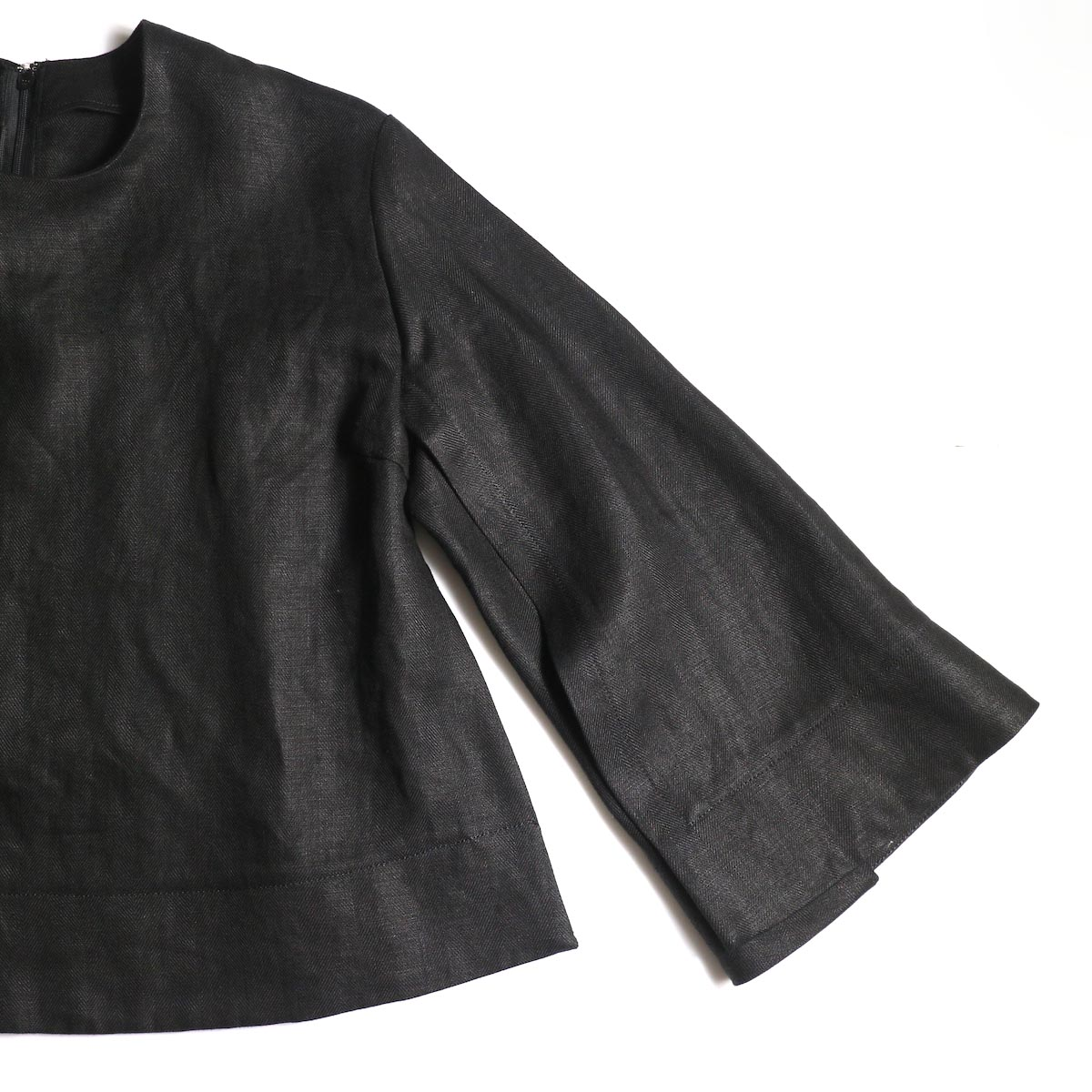 BLUEBIRD BOULEVARD / ヘリンボンリネンプルオーバー (Black)袖