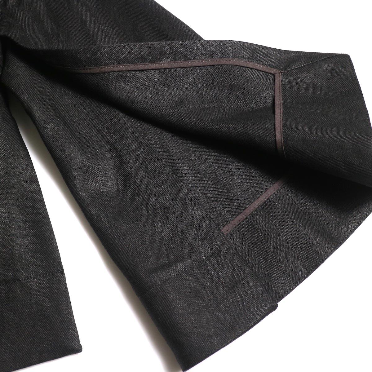 BLUEBIRD BOULEVARD / ヘリンボンリネンプルオーバー (Black)袖スリット