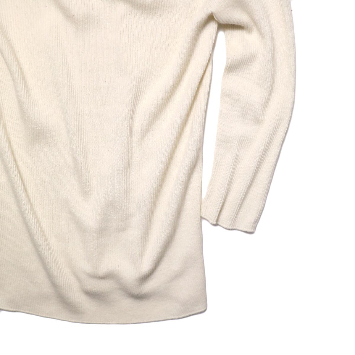 BLUEBIRD BOULEVARD Cotton & Angora Wide Turtleneck Sweater (white) 袖・裾