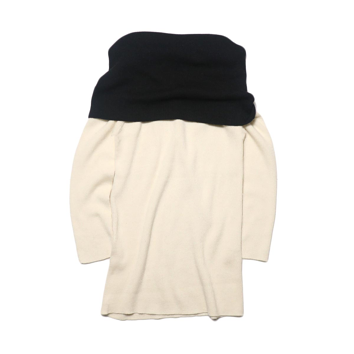 BLUEBIRD BOULEVARD Cotton & Angora Wide Turtleneck Sweater (white) 背面