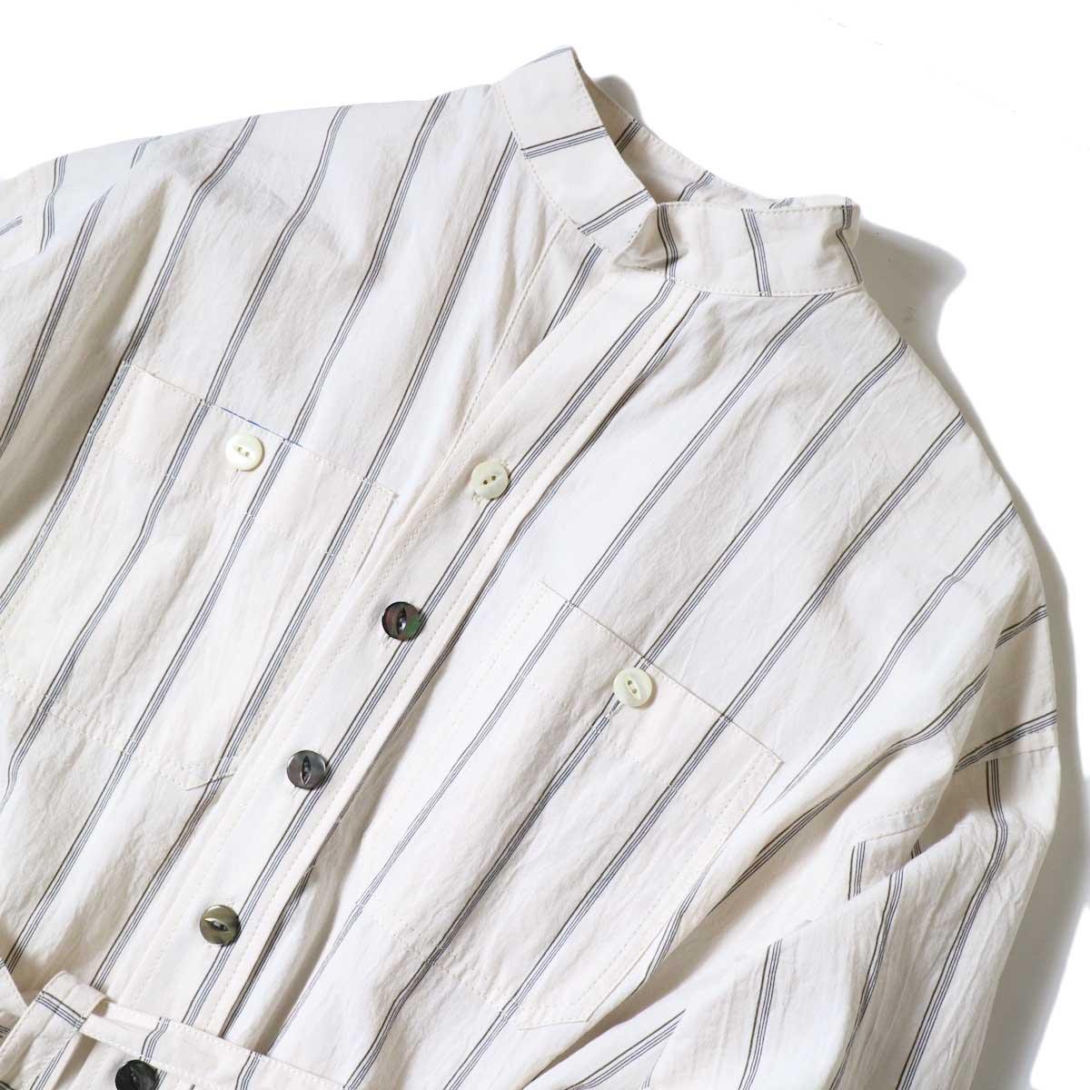 BLUEBIRD BOULEVARD / ブストライプダブルワッシャーシャツドレス (Ivory×Navy・Black) フロントアップ
