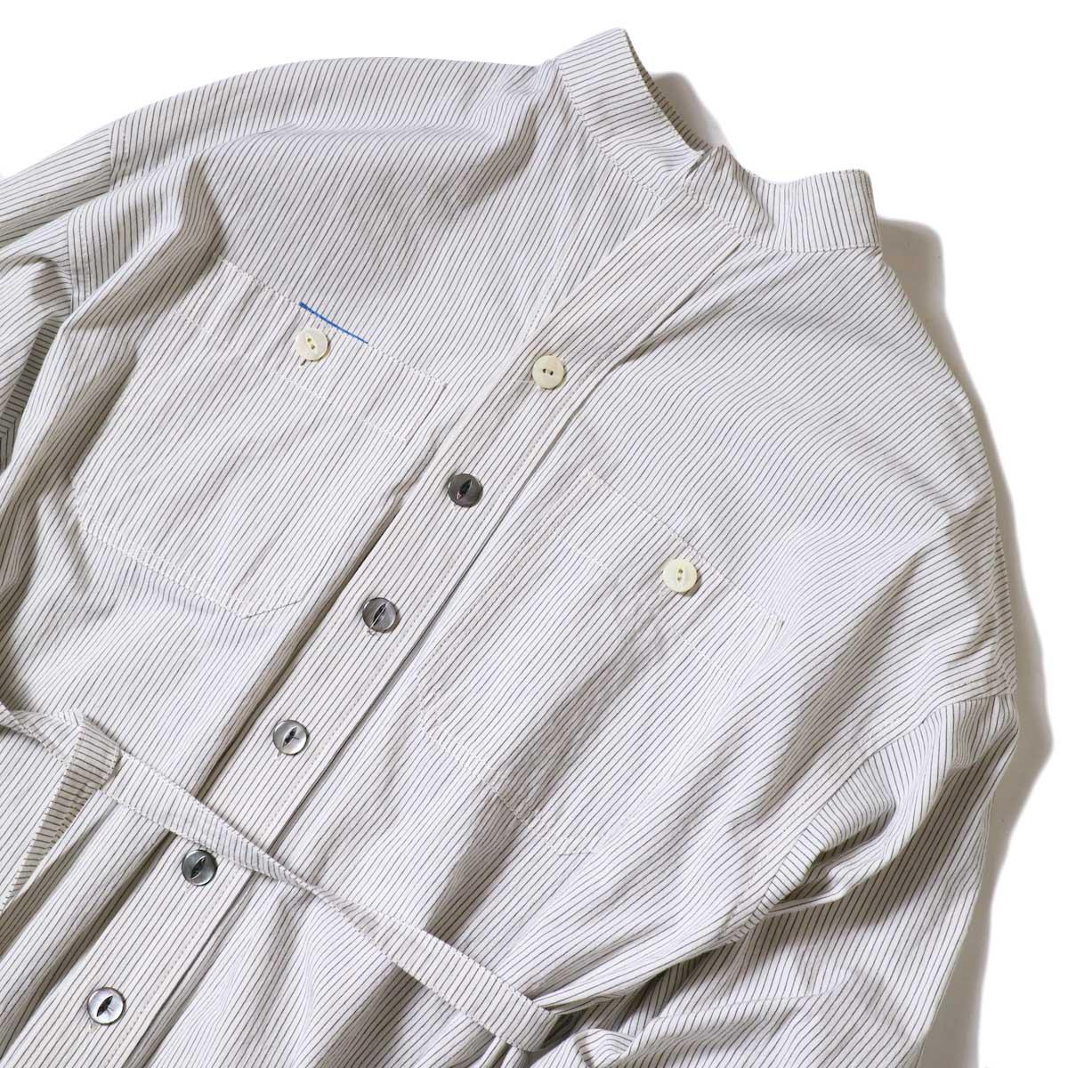 BLUEBIRD BOULEVARD / ブストライプダブルワッシャーシャツドレス (Ivory×Black) フロントアップ