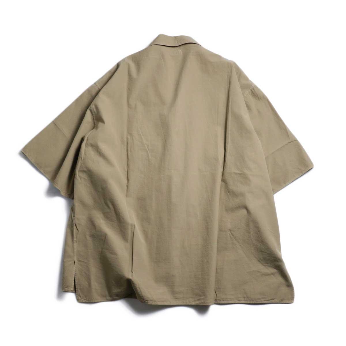 blurhms / Polish Chambray Wide Sleeve Box Shirt -Beige 背面