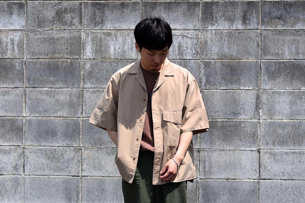 blurhms / Polish Chambray Wide Sleeve Box Shirt -Navy 着用イメージ