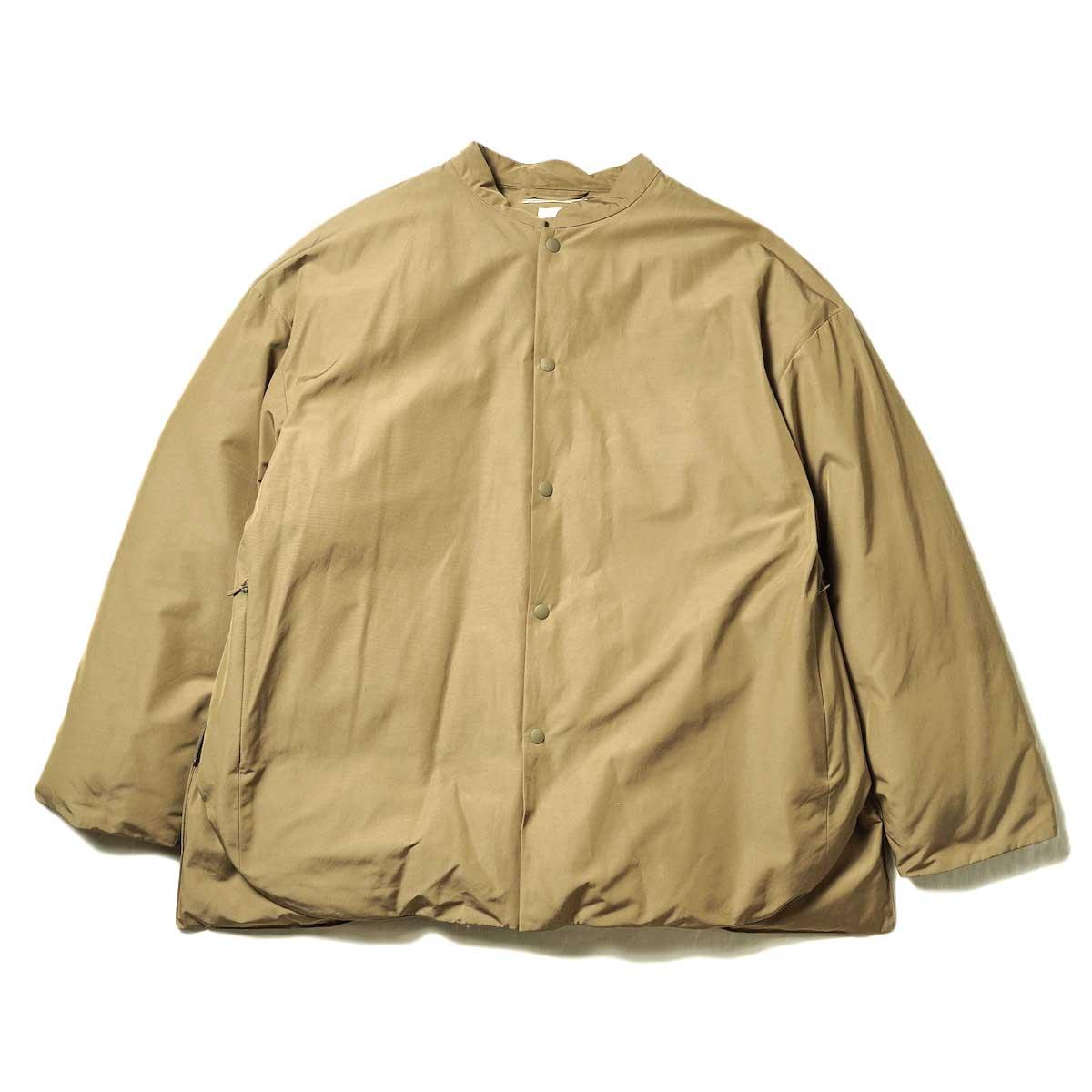 blurhms / Stand-up Collar Down Jacket (Khaki Beige) 正面