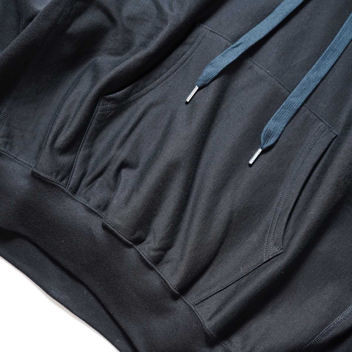 blurhms / High Gauge Sweat Hoodie P/O (Black) フロントポケット