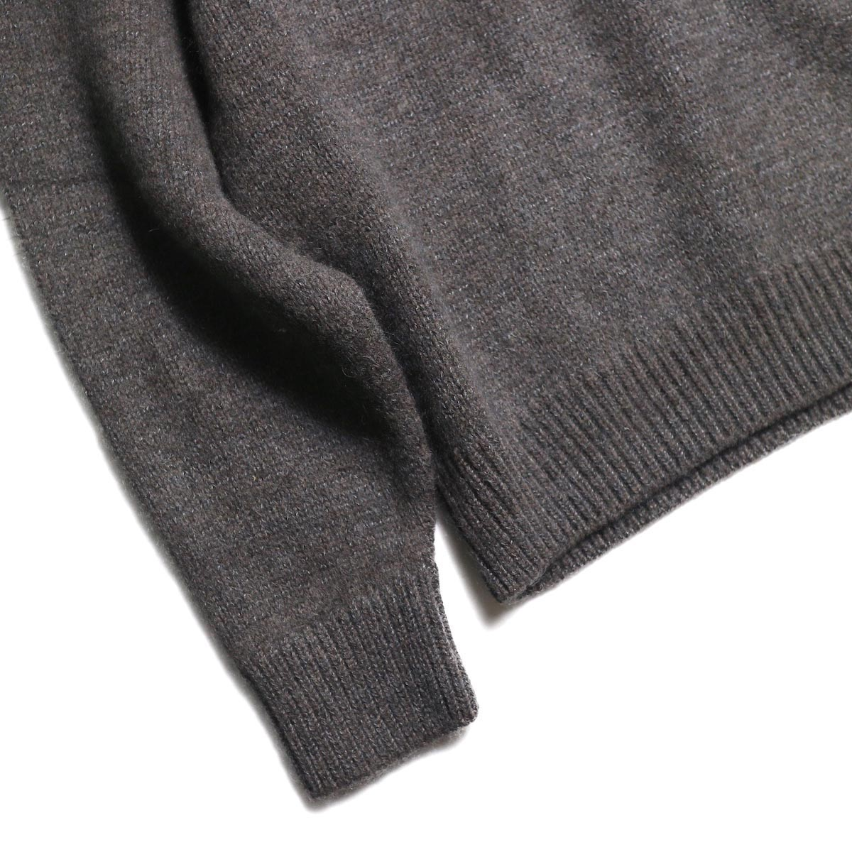 blurhms / Silk Mohair Wool Knit Turtle-Neck P/O (H.Brown) 袖、裾