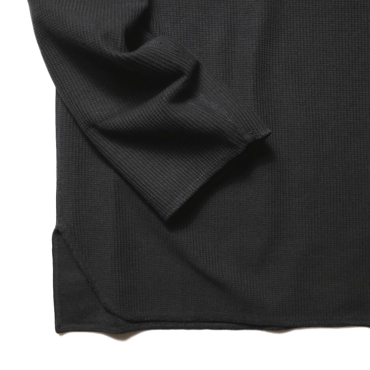 blurhms / New Rough & Smooth Thermal Over-Neck Loose Fit (Black) 裾、袖