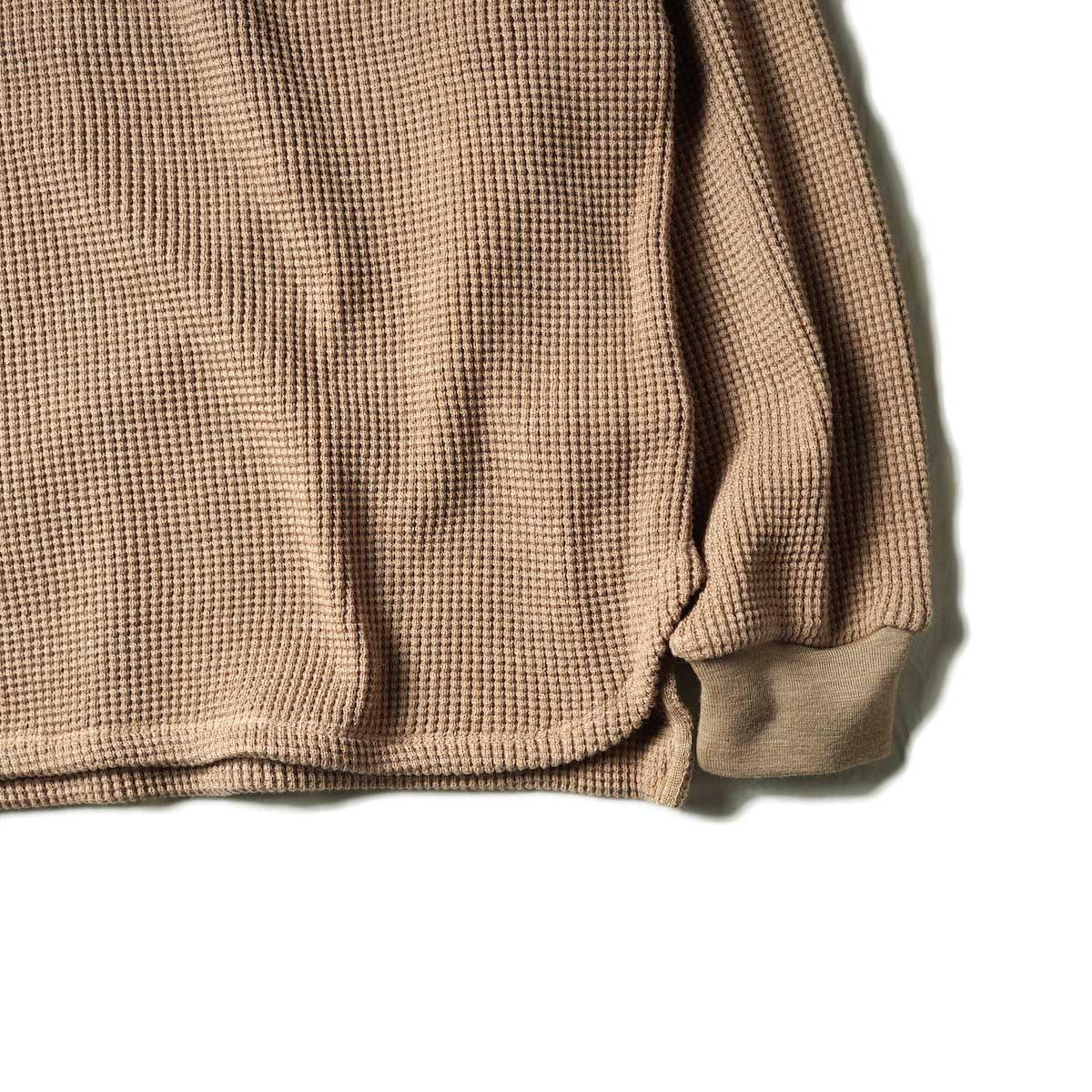 blurhms / Wool Cotton Big Waffle Crew-Neck (Beige)裾、袖