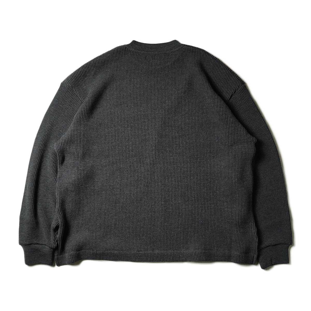 blurhms / Wool Cotton Big Waffle Crew-Neck (Heather Charcoal)背面