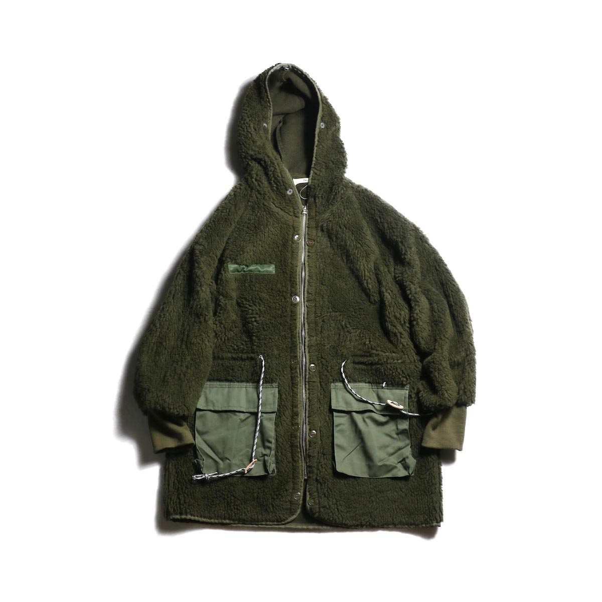 BONUM / MIL Boa Coat