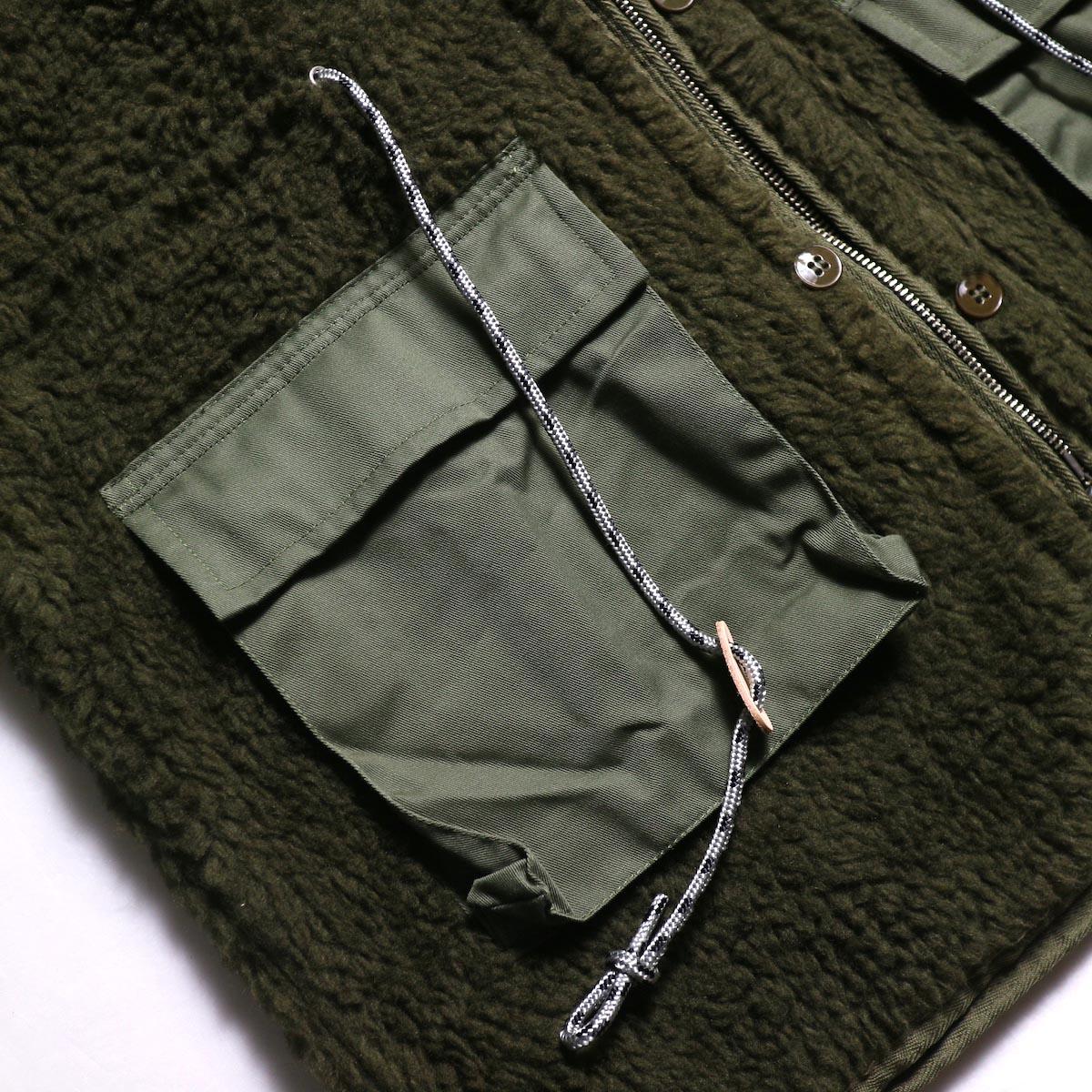 BONUM / MIL Boa Coatマチ付きポケット