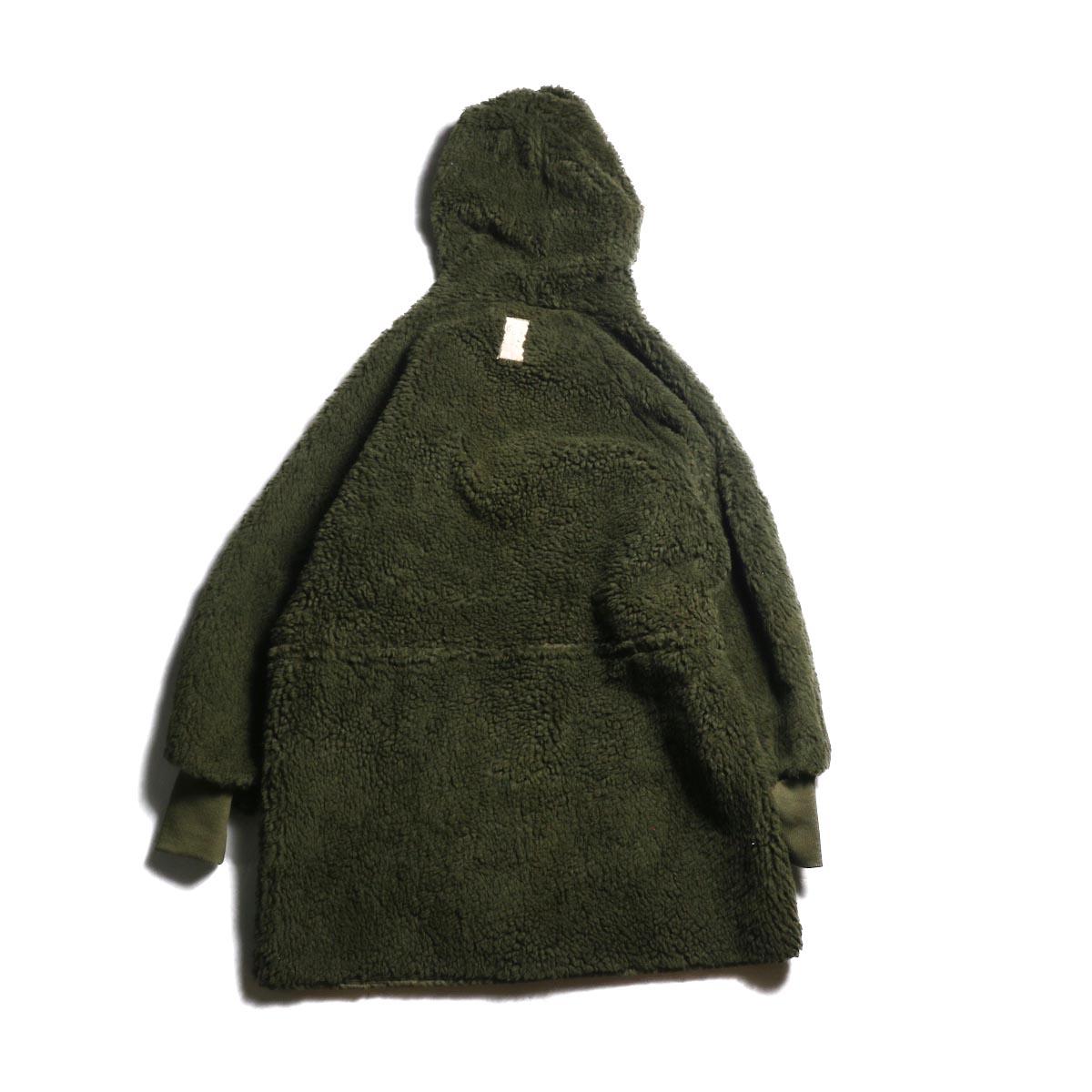 BONUM / MIL Boa Coat 背面