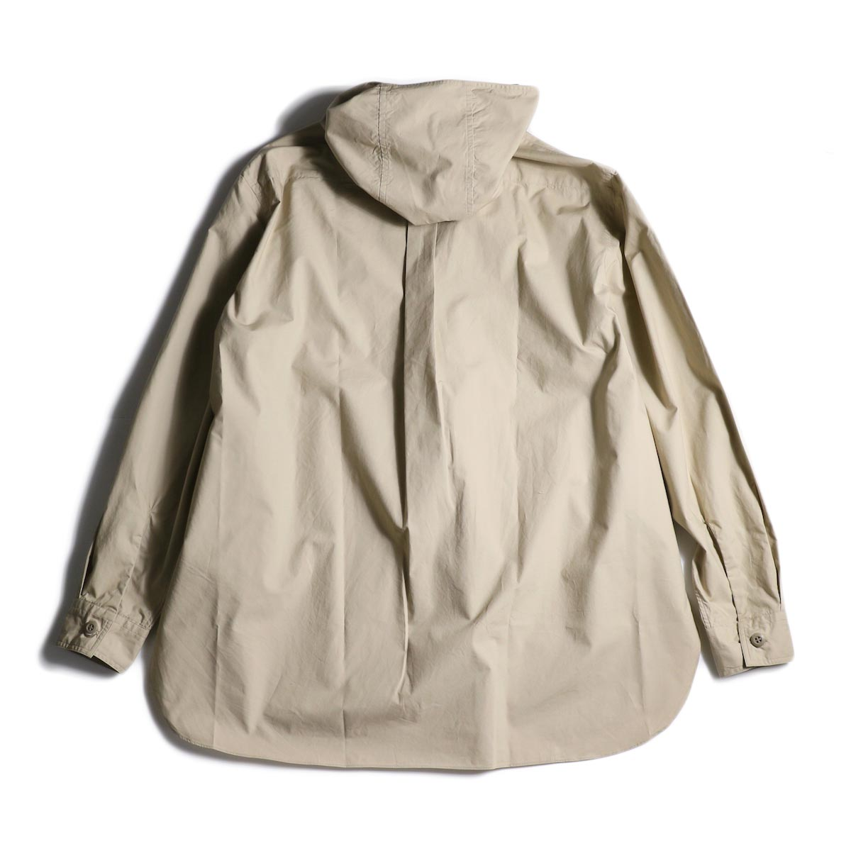 BRENA / Hood Work Shirt (Sand)背面