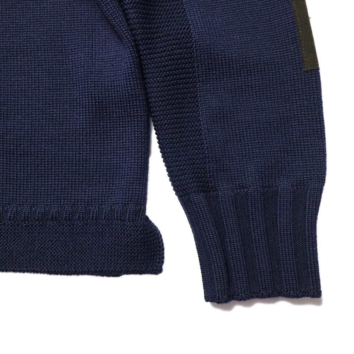 "BRENA / ""PECHEUR"" V Neck Cardigan (DarkNavy)袖、裾"