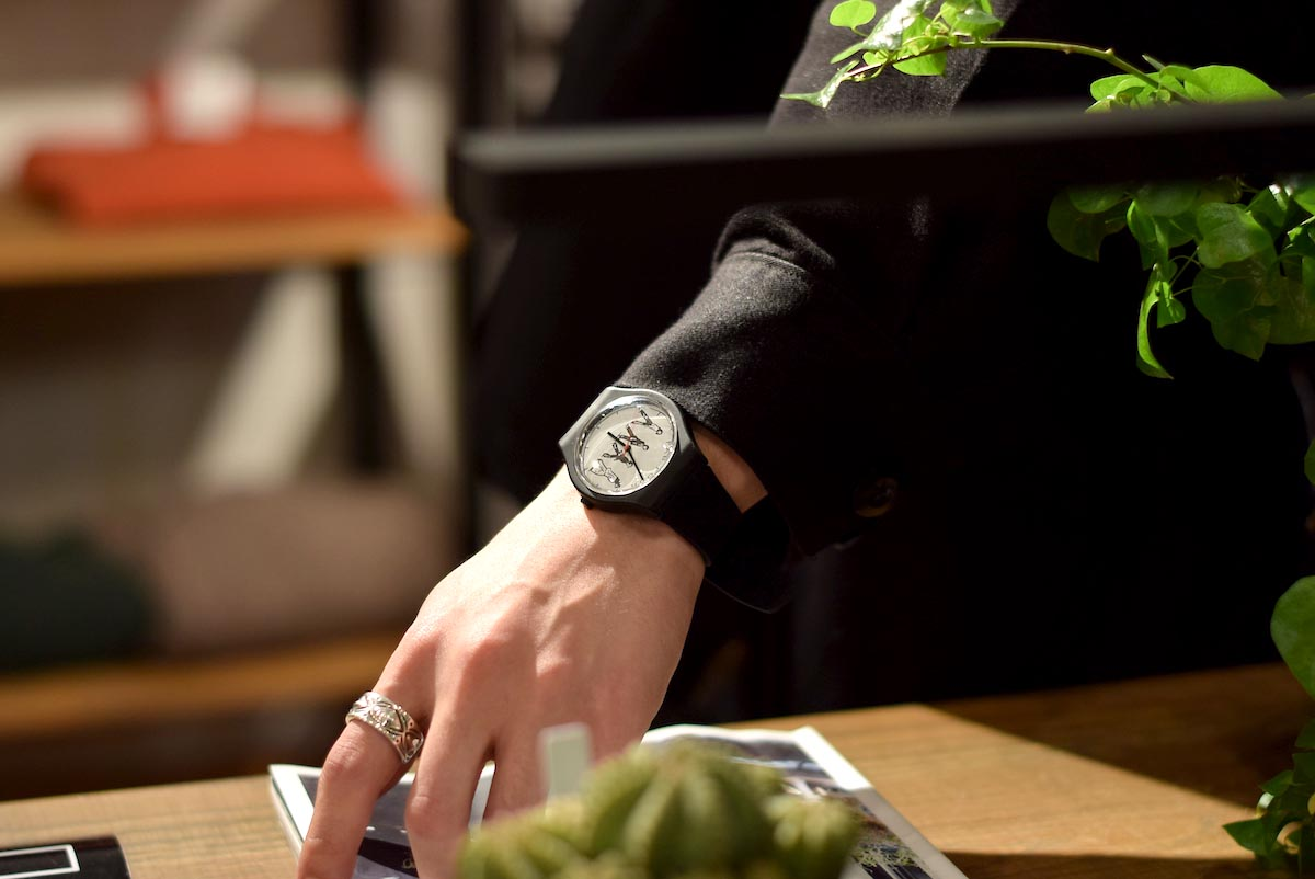 CHRISTOPHER BROWN / WATCH FAB01 着用イメージ