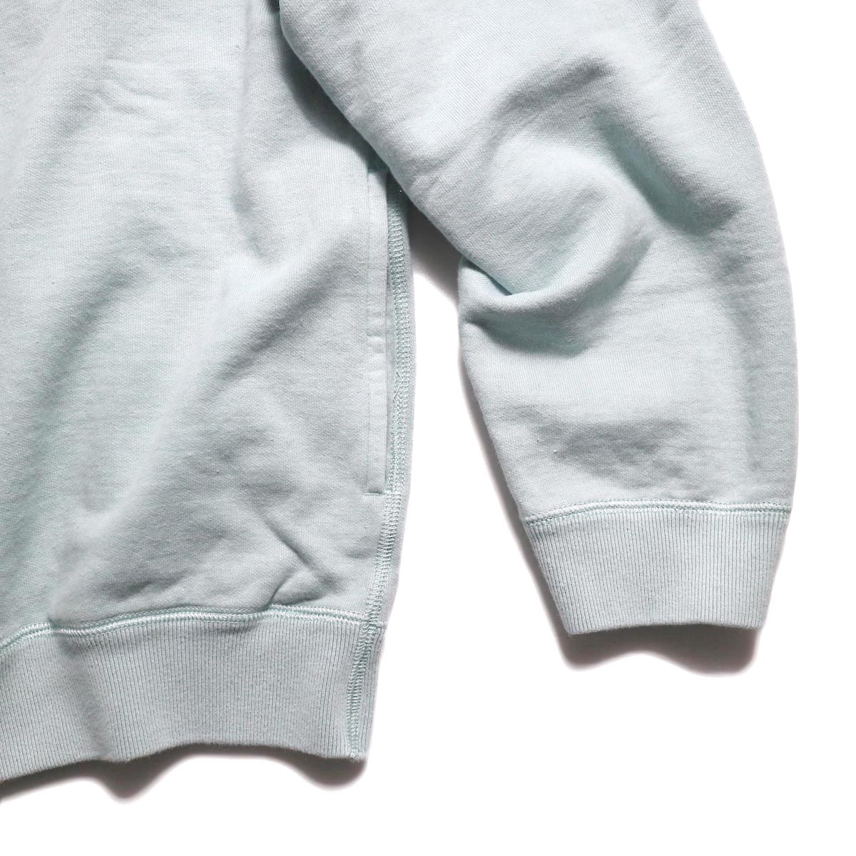 CURLY / Frosted Crew Sweat -Lt.Blue 裾