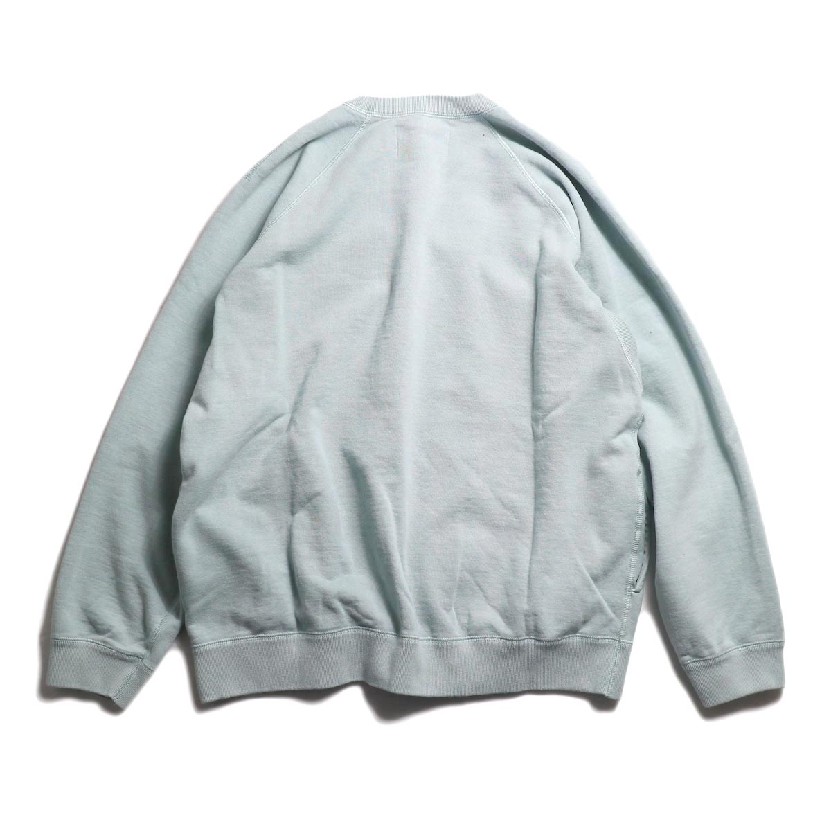 CURLY / Frosted Crew Sweat -Lt.Blue 背面