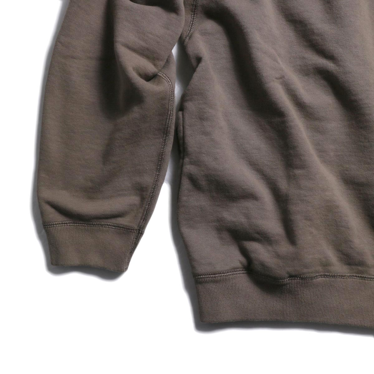 CURLY / Frosted Crew Sweat -Grage 裾