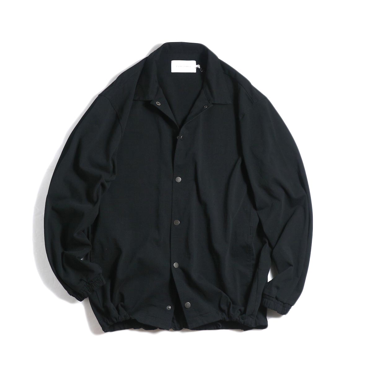 CURLY / Delight Coach Jacket -Black 正面